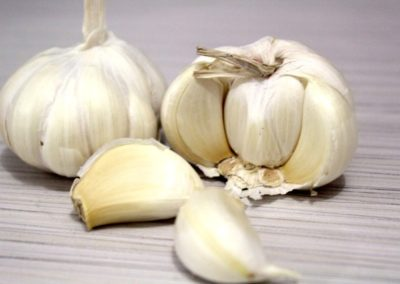 garlic that helps with preventing illness
